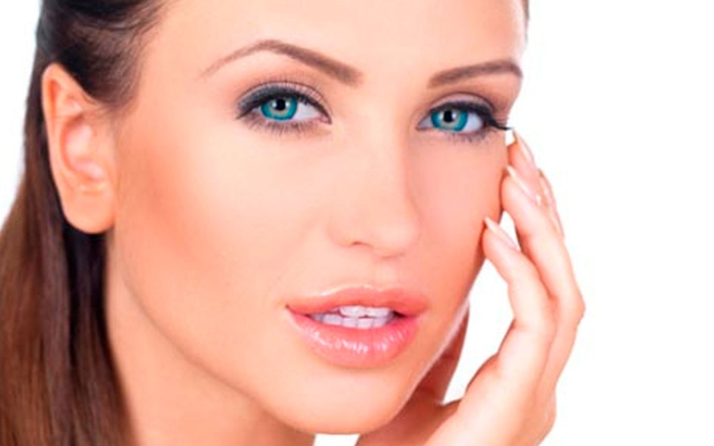 cheek augmentation surgery plastic aesthetic cancun